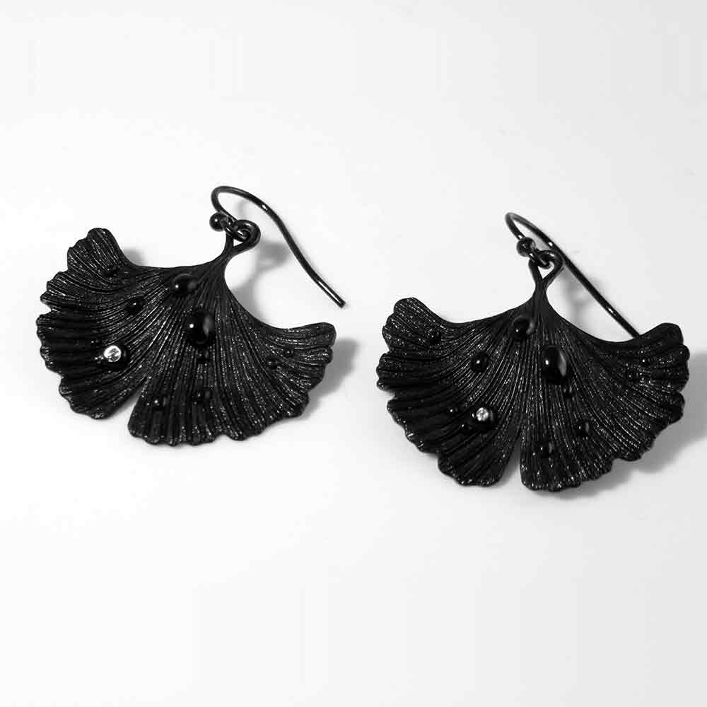 Ginkgo Leaf - Shiny Night Collection Earring Jet Black Rhodium Over Brass • Shiny crystal on each