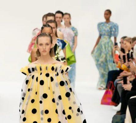 Carolina Herrera New York Fashion Show Spring for Fashion Trends and Events 2020